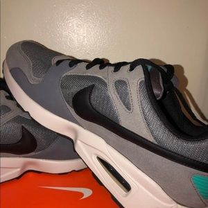 Nike Air Max St International Cool Grey Size 13